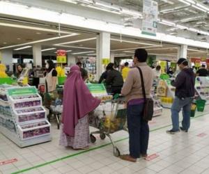 Keamanan dan Kenyamanan Berbelanja untuk Lansia di...