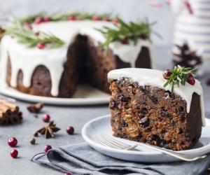 Trik Sukses Membuat Fruit Cake Untuk Sajian Natal