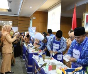 Lomba Cup Cake Ala Walikota Jakarta Utara