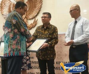 Penghargaan Gubernur DKI Untuk Bogasari
